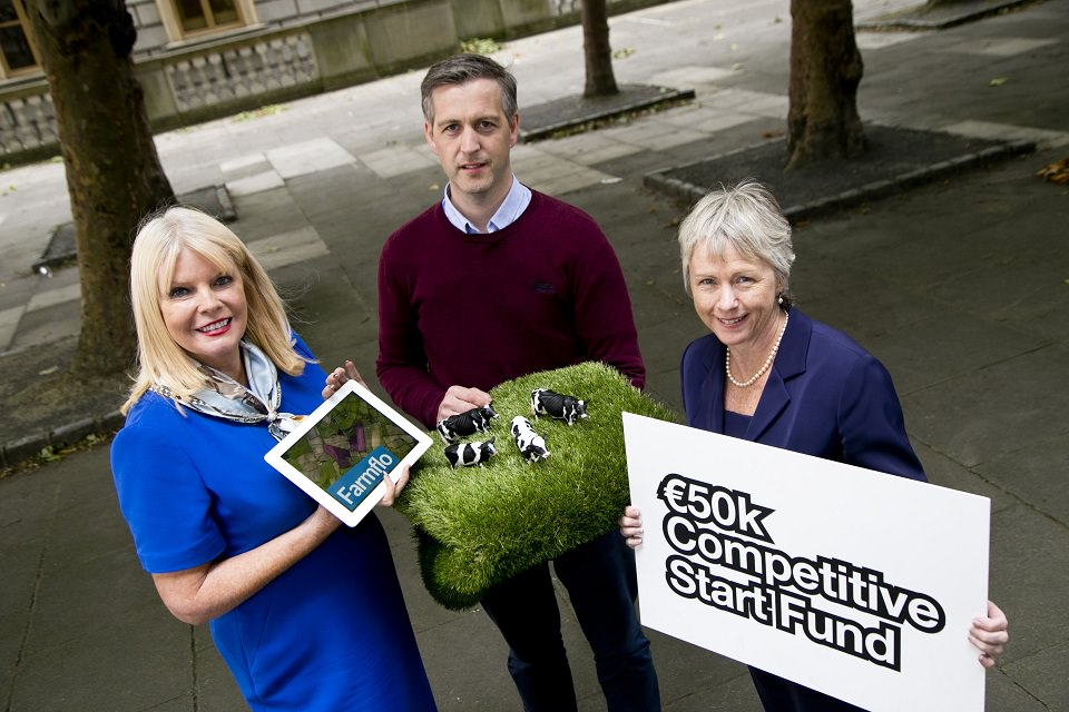 Pictured (from L-R): Minister for Jobs, Enterprise and Innovation, Mary Mitchell O'Connor TD; Richard Fairman, Product Development Manager, FarmFlo and Anne Lanigan, Manager, High Potential Start-Ups, Enterprise Ireland.