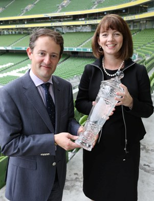 Seán Sherlock T.D., Minister for Research & Innovation presents Professor Louise Kenny with the Enterprise Ireland Lifesciences & Food Commercialisation Award in Dublin on 25th September 2013