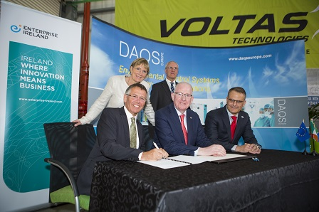 Pictured are L-R: Aubrey Nuzum, Managing Director, AuBren; Julie Sinnamon, CEO, Enterprise Ireland; Minister for Foreign Affairs and Trade, Charlie Flanagan T.D.; H.E. Liam MacGabhann, Ambassador of Ireland to South Africa and Cristian Cernat, Managing Director, Voltas